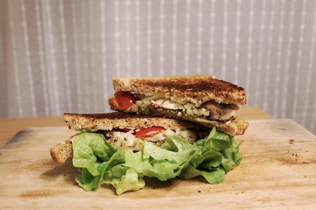 sandwich vegan toaste