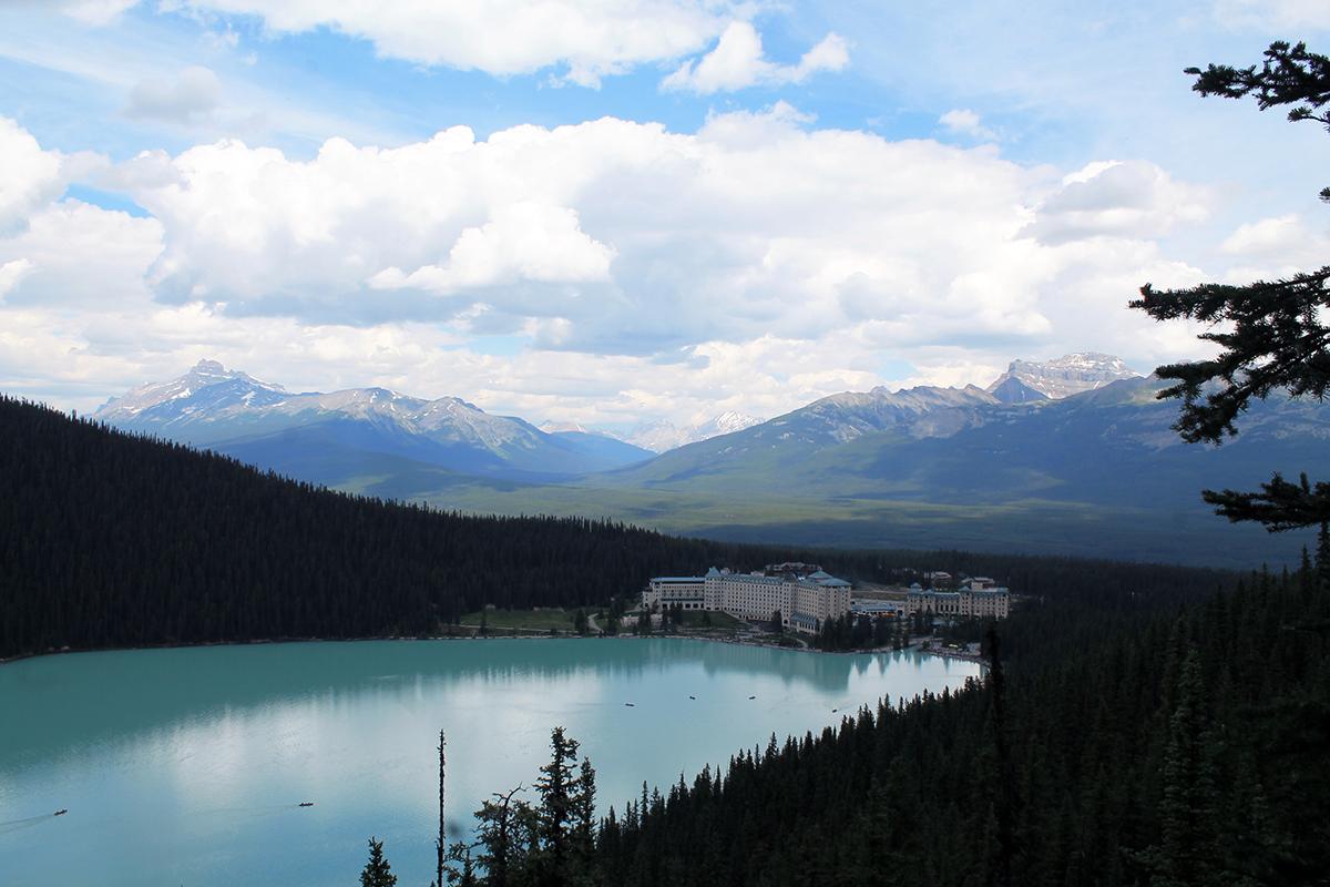 lake louise hotel banff national park canada