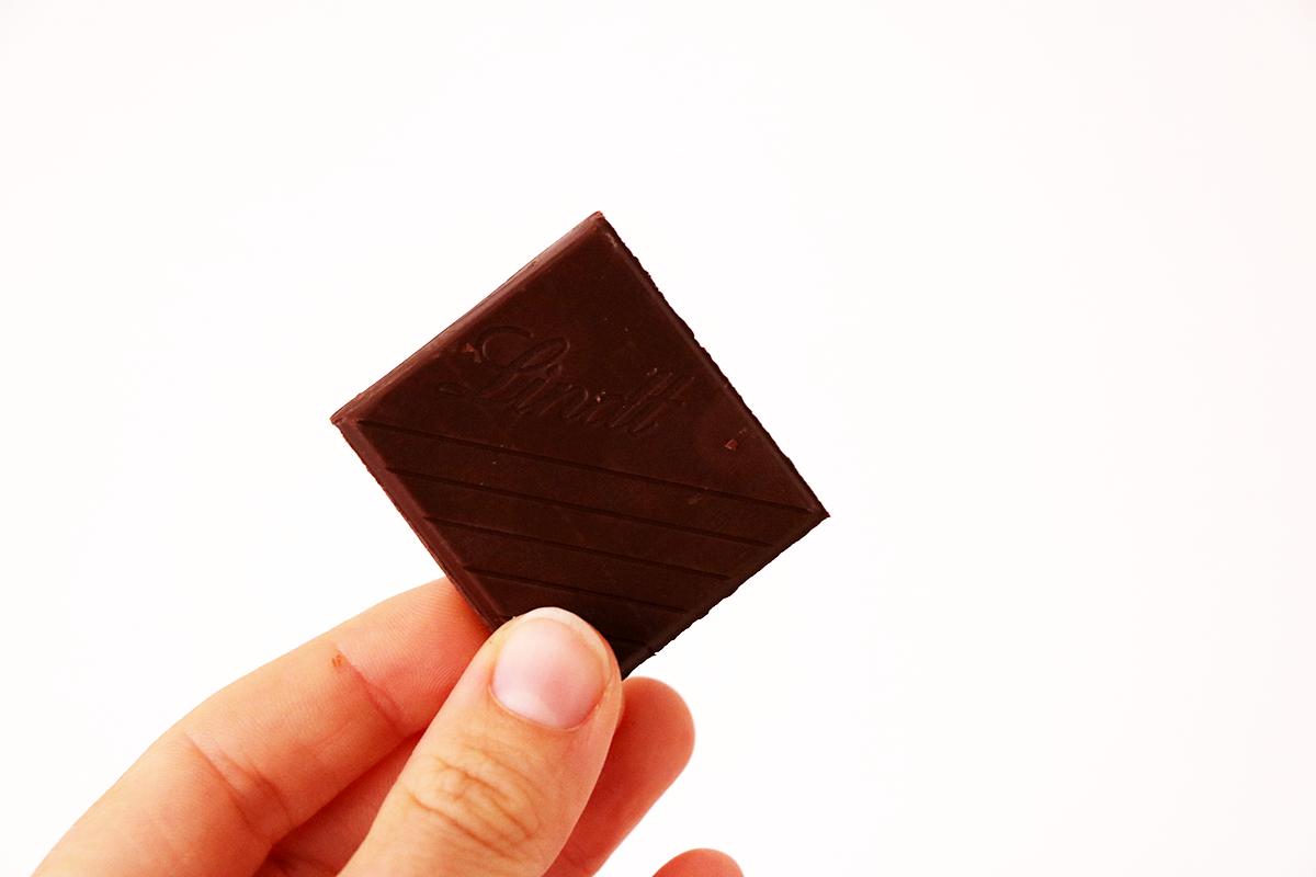 carre de chocolat snack une journee dans mon assiette